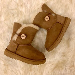 New UGG Bailey Button II Boots Toddler Girls